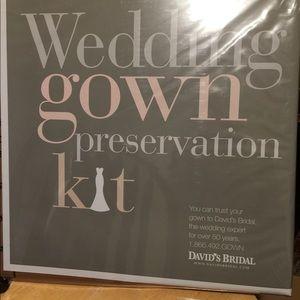 Wedding gown kit